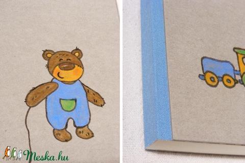 Babanapló, babakönyv kisfiúknak, emlékkönyv baba születésére, kézzel fűzött, rajzolt borító kisfiú macival - Meska.hu
