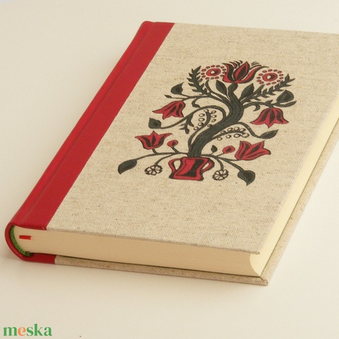 Napló magyaros borítóval, piros bőr gerinccel, nyomtatott natúr vászon, magyaros tulipánok - Meska.hu