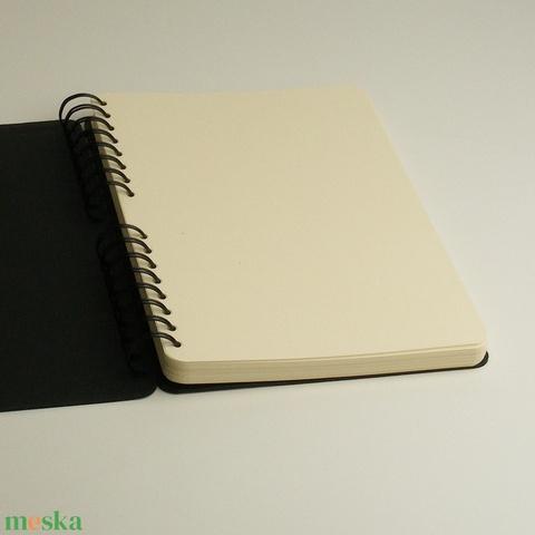 Valódi bőr borítós jegyzetfüzet, spirálfüzet bordó bőr borítóval, monogramos notesz, jegyzetelő  - Meska.hu