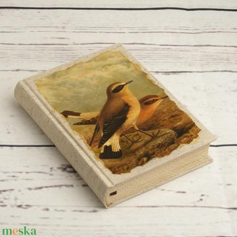 Madaras napló, kisméretű kézzel fűzött üres könyv, jegyzetelő. Natúr vászon, antikolt lapok. Régies, vintage stílus - Meska.hu