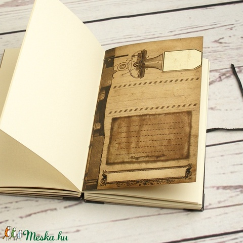 Steampunk jegyzetfüzet, napló, notesz kopt fűzéssel, férfiaknak. Nyomtatott elválasztólapok, fém sarkok, bőrzsinór - Meska.hu