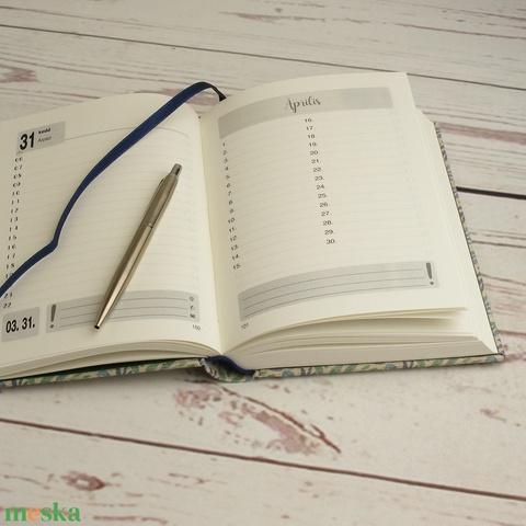 Napi beosztású határidőnapló 2021-re, névvel. Személyre szabható, névreszóló naptár, virágos napló, natúr vászon borító - Meska.hu