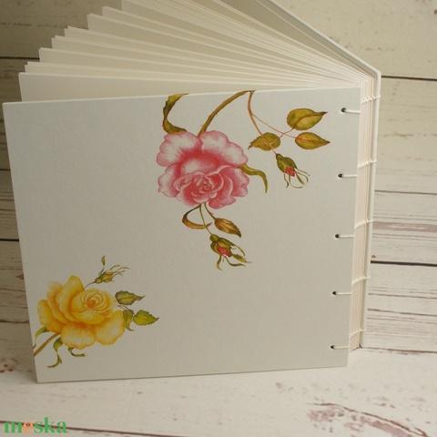 Fehér esküvői fotóalbum kopt fűzéssel. Rózsás fényképalbum mattfehér lapokkal, Mr. és Mrs. scrapbook, emlékalbum - Meska.hu