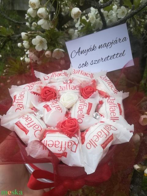 Raffaello bonbon ajándék box - Meska.hu