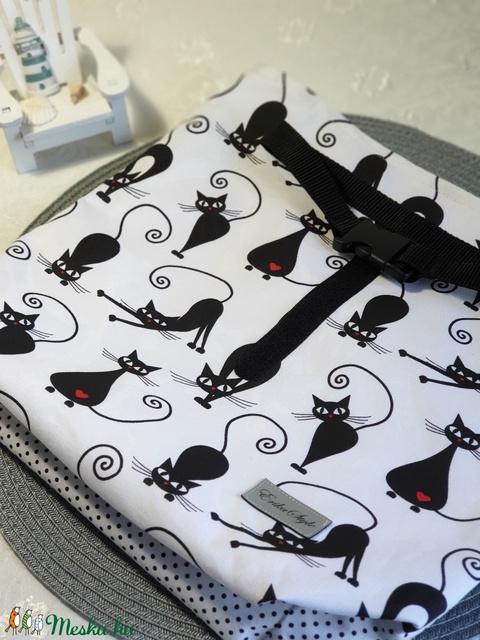 Uzsonnás táska, vízhatlan PUL belsővel – Fekete cicás mintás -  (erikabanasz) - Meska.hu