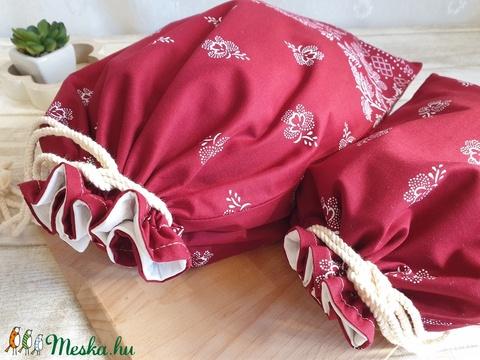 Kenyér és pékárú frissentartó zsák, PUL belső anyaggal. Bordó virág mintás, 2 db-os szett -Nagy méretű (erikabanasz) - Meska.hu