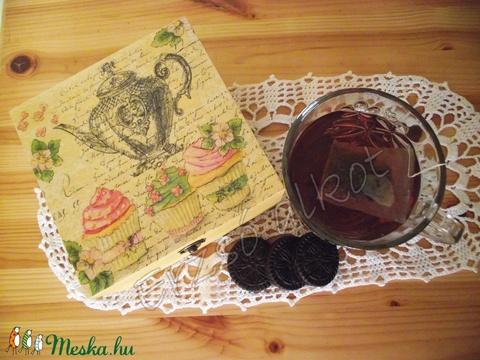 Vintage teásdoboz (Erzsoalkot) - Meska.hu