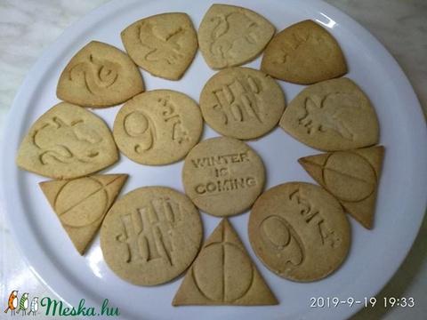 Harry Potteres keksz, sütemény kiszúró forma szett (esztergaal) - Meska.hu