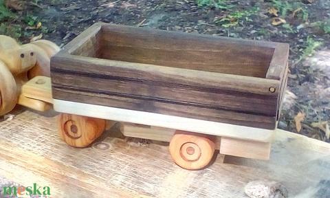 Fa verdák billenőplatós és hátfalas csuklós pótkocsi traktorhoz (eurowood) - Meska.hu