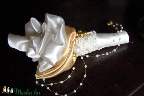 Classic Gold Menyasszonyi csokor (eviara) - Meska.hu
