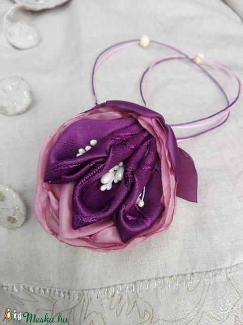 Virág motívumos textil ékszer, nyaklánc - Meska.hu