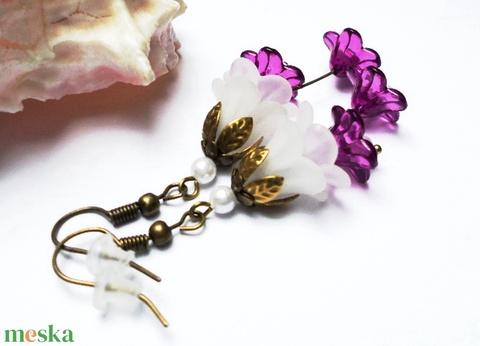 Fehér és lila harangvirág fülbevaló - Meska.hu