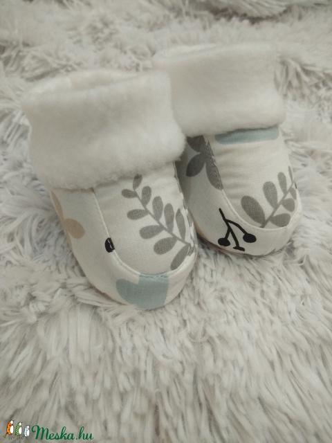 Baba cipő / mamusz - leveles, nyuszis - Meska.hu