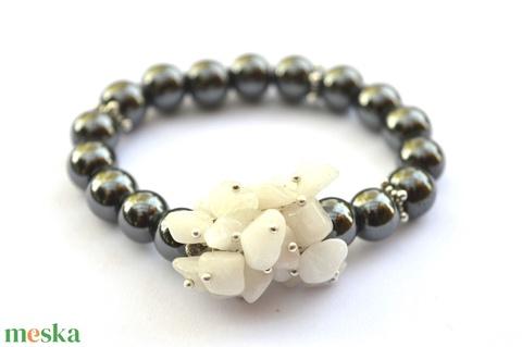 Fehér csokor karkötő ásványokkal - Meska.hu