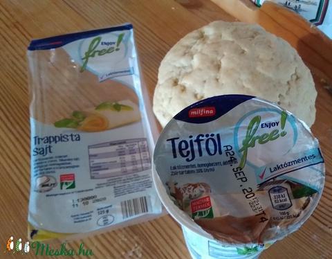 Laktózmentes Házi sajtos tallér.  1 kg (falusiizek) - Meska.hu