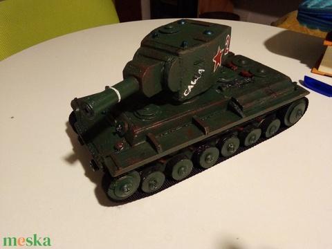 Fatank: KV-2 szovjet nehéz tank 1/30 (Fatankmuhely) - Meska.hu