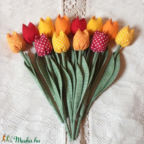 Textil tulipán /szett: 12 db/ ingyen ajándékkísérővel (FDesignbyFruzsina) - Meska.hu