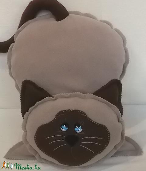 Sziámi cica -fazonú  párna (fenyves) - Meska.hu