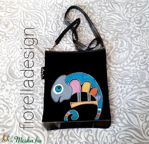 Fiorella színes kaméleon /fekete bőr táska - Meska.hu