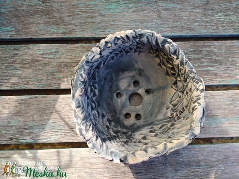 kurama, mázatlan, fagyálló bonsaitál (Foenx) - Meska.hu