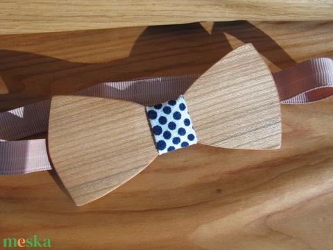 Fa csokornyakkendő pöttyös anyaggal - esküvő - kiegészítők - nyakkendő - Meska.hu