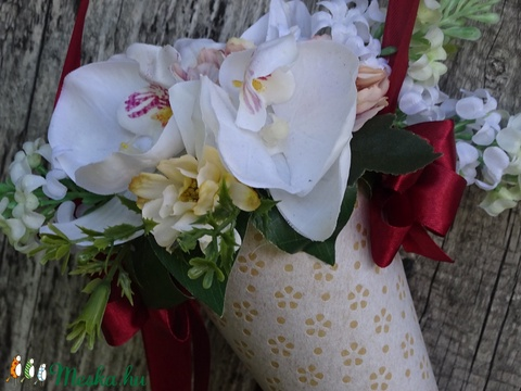 AJÁNDÉK :EGYEDI Ünnepi csokor,névnapi,születésnapi,ajándék (galamb70) - Meska.hu