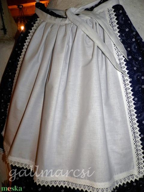 Néptánc kötény, fehér derékkötény (gallmarcsi) - Meska.hu