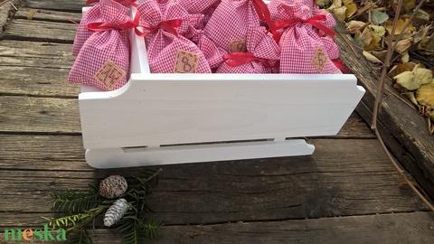 Télapó szánkója- adventi naptár country stílusban, karácsonyi dísz, dekoráció (garievi) - Meska.hu