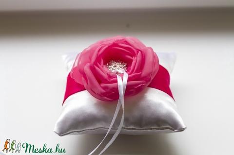 Mini gyűrűpárna  pink-fehér - Meska.hu