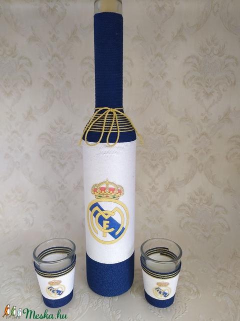 Zsinórozott üveg, focis, Real Madrid (gervera) - Meska.hu