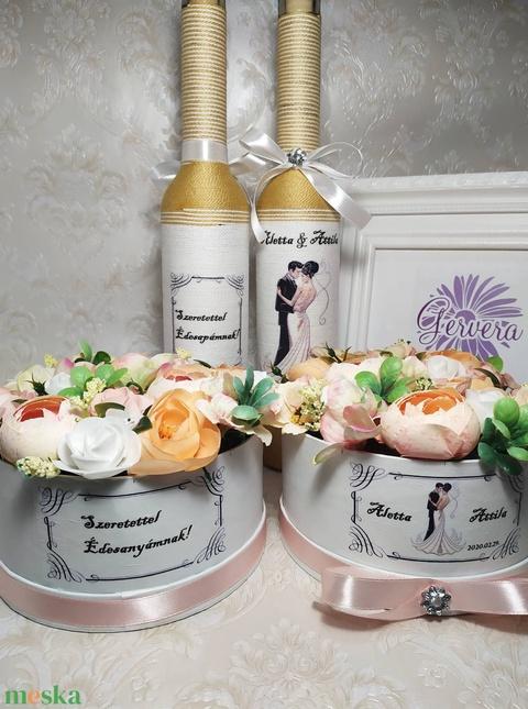 Köszönő ajándék esküvőre, arany-barack (gervera) - Meska.hu