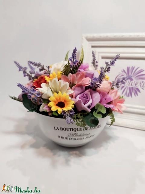 Mezei virágok lavórban (gervera) - Meska.hu