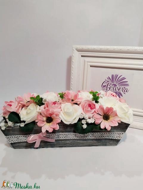 Rózsaszín asztaldísz (gervera) - Meska.hu