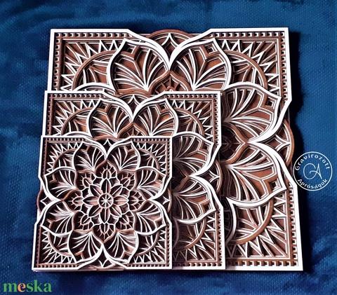 Virágos mandala négyzet formába foglalva 25x25 cm méretben (GravirozottAprosag) - Meska.hu