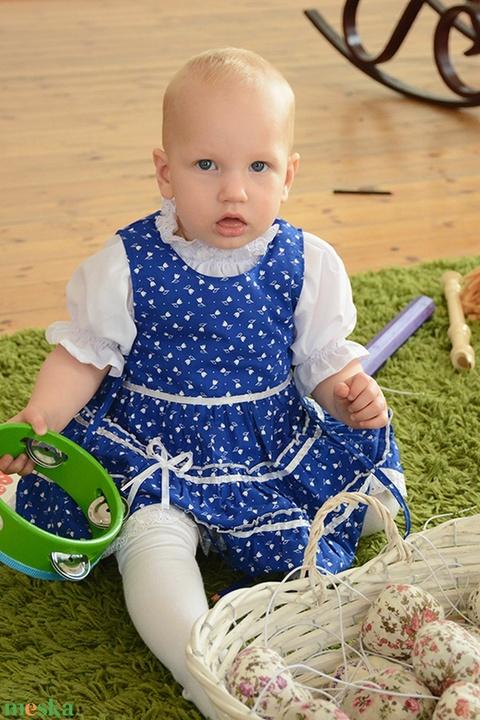 Kékfestő 62-104-es lány ruha madeira  csipke díszít0éssel (gyetomi) - Meska.hu