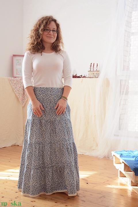 Kék apró virágos 110-152 nyári ruha (gyetomi) - Meska.hu