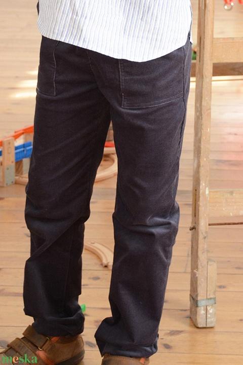 GUMIS derekú, fiú, kényelmes kord nadrág, 110-164-es, kékes-szürke, két zsebbel  (gyetomi) - Meska.hu