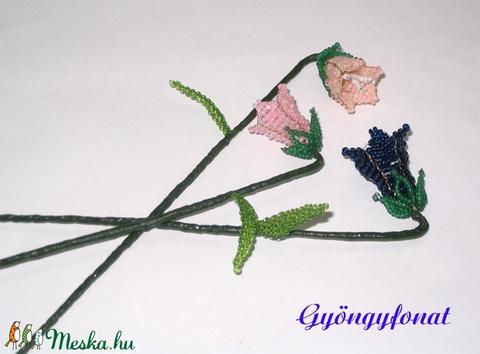 Harangvirág  szálas, gyöngyből (gyongyfonat) - Meska.hu