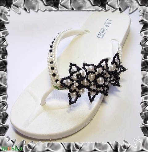 Gyöngyhimzett Flip-flop papucs  SP02-1 - Meska.hu