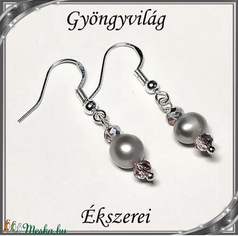 Édesvizi igazgyöngy fülbevaló, ezüstözött kapoccsal SFEB-IG06 6,5x6,5 fekete - Meska.hu