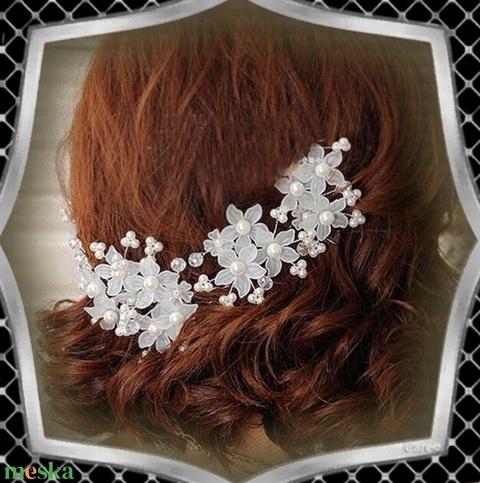 Ékszerek-hajdíszek, hajcsatok: Esküvői, menyasszonyi, alkalmi hajdísz ES-H-TŰ13 fehér 3db/csomag - esküvő - hajdísz - fésűs hajdísz - Meska.hu