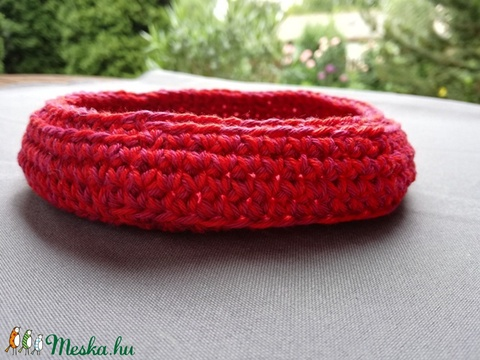 Horgolt kosárka (piros-rózsaszín) (hamibatyu) - Meska.hu
