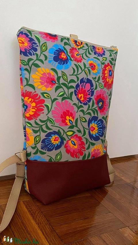 Virág mintás hátitáska - Meska.hu