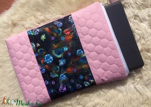 Laptoptartó - rózsaszín - kék-fekete    (hetenyieva) - Meska.hu