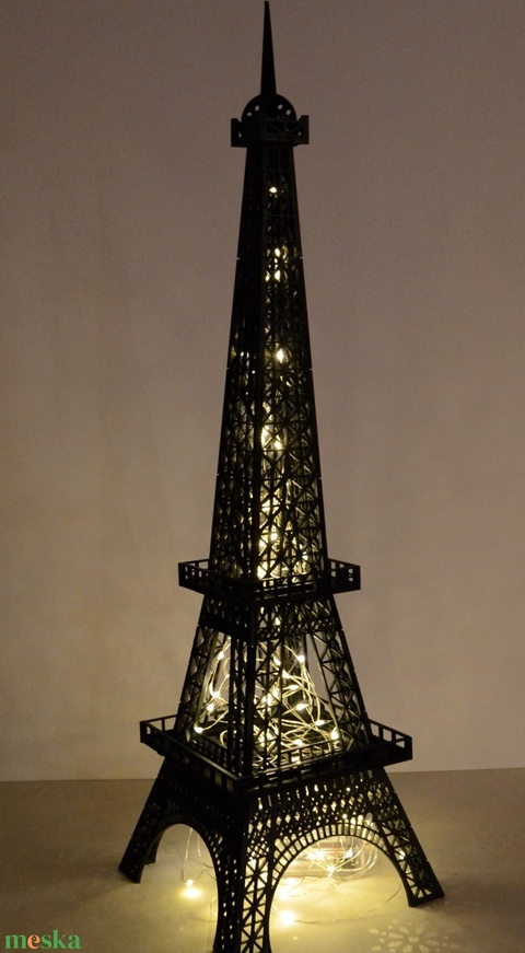 Fából készült Eiffel torony, elemekből összeragasztott (HisziArt) - Meska.hu