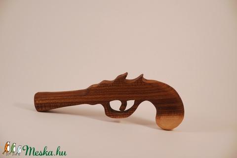 Játék fa pisztoly (hollossybela) - Meska.hu