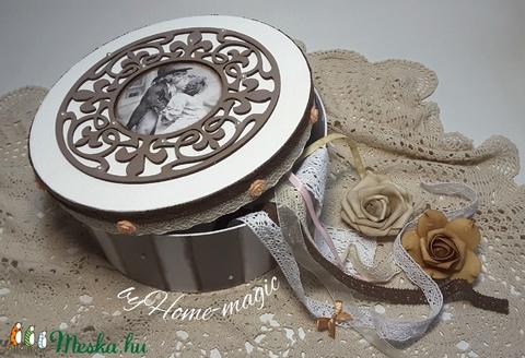 Vintage kerek doboz - szerelem - Meska.hu