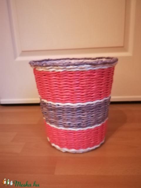 Papír hulladékgyűjtő kosár rózsaszín, lila, fehér színben  (Hopotoo) - Meska.hu