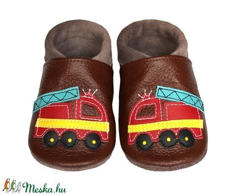 Hopphopp puhatalpú cipő - Tűzoltóautó/barna (Hopphopp) - Meska.hu