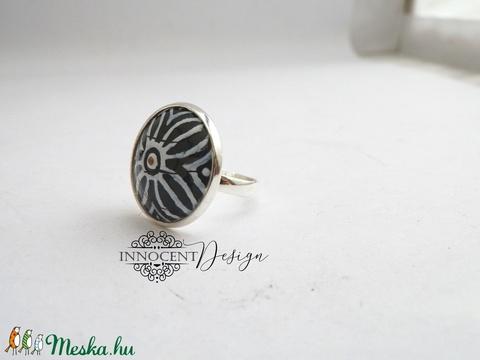 Nomad - tűzzománc gyűrű (fekete-fehér) (InnocentDesign) - Meska.hu